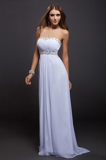 Blanche robe pour gala bustier orné de strasse empire en mousseline