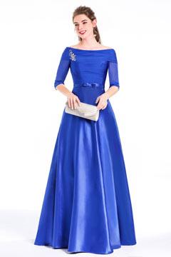 Robe longue formelle pour soirée cérémonie bleue col Bardot à manche 3/4 transparente