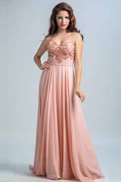 Robe soirée rose bustier coeur longue broderie scintillante avec traîne